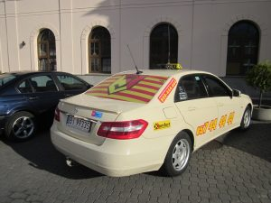 firmowa reklama na samochodzie - cena